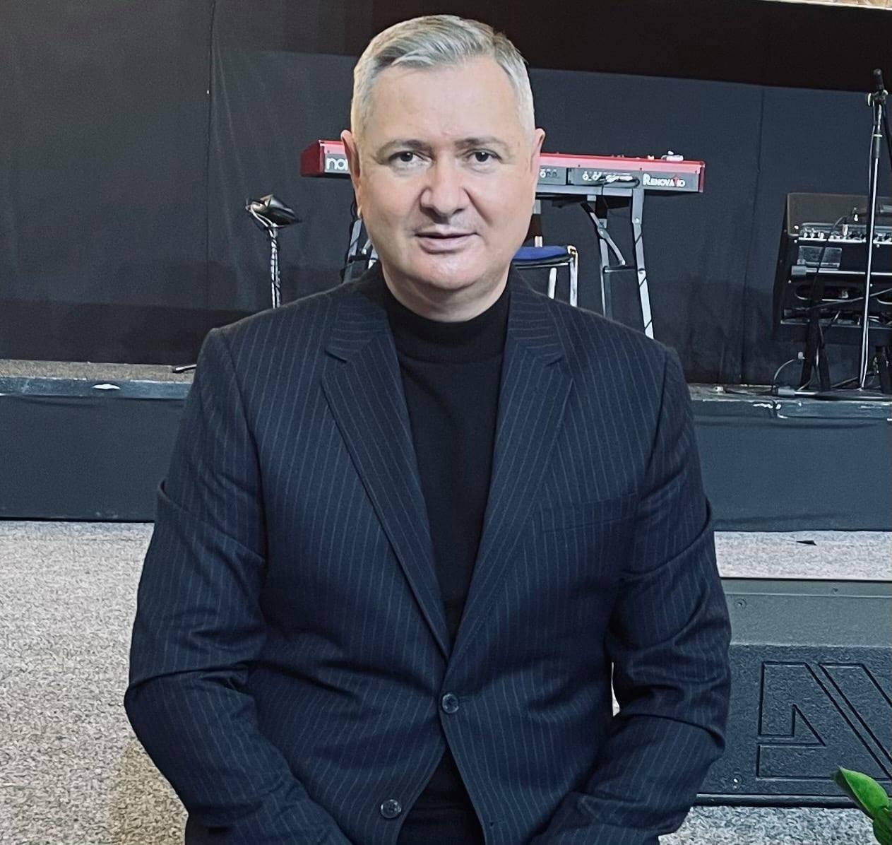 Florin Ianovici – Cel fără prihană înverzeşte ca finicul.